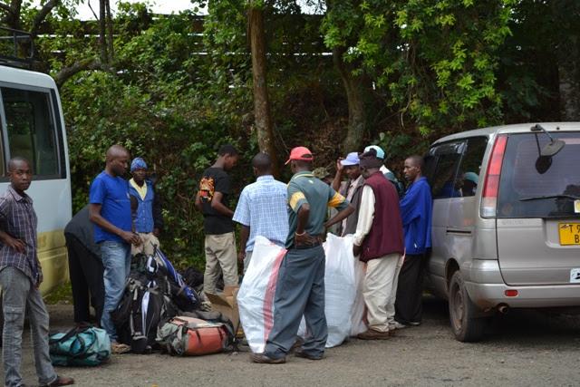 Wakijiandaa na safari