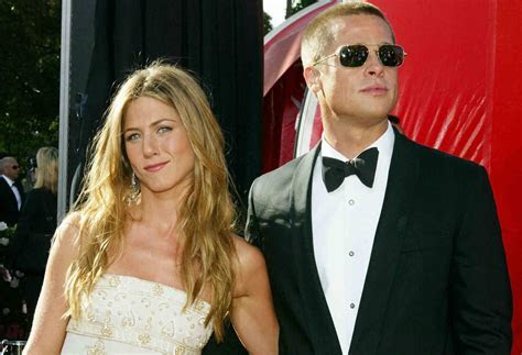 Jennifer Aniston and Brad Pitt Wedding Facts   POPSUGAR