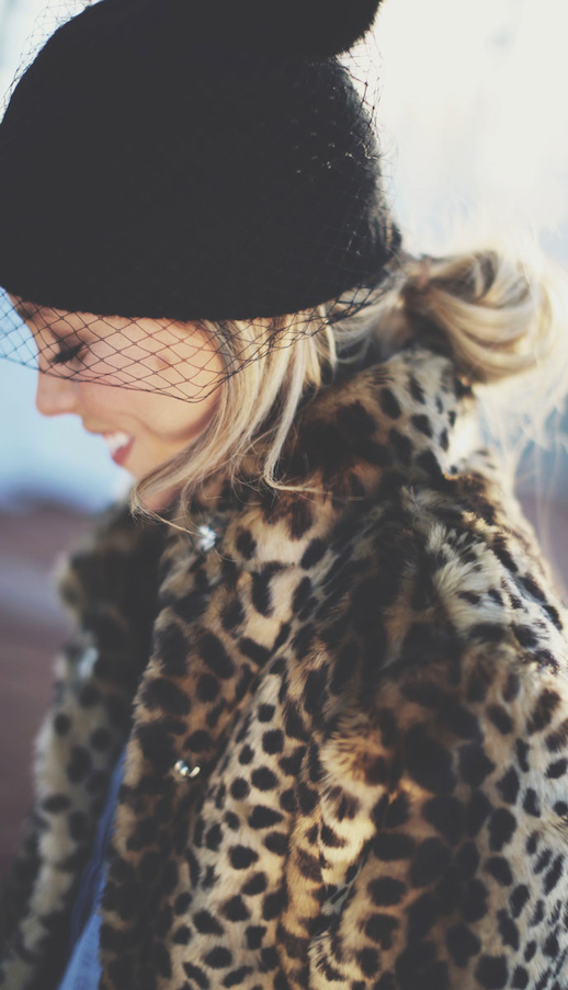 LE FASHION BLOG BLOGGER STREET STYLE BCBGENERATION WINTER VEIL BLACK VEILED BEANIE WINTER HAT ASOS LEOPARD PRINT COAT BLOG MARY OF HAPPILY GREY MESSY LOOSE LOW BUN HAIR BEAUTY 1 photo LEFASHIONBLOGBLOGGERSTREETSTYLEVEILEDBEANIELEOPARDPRINTCOATHAPPILYGREY1.png