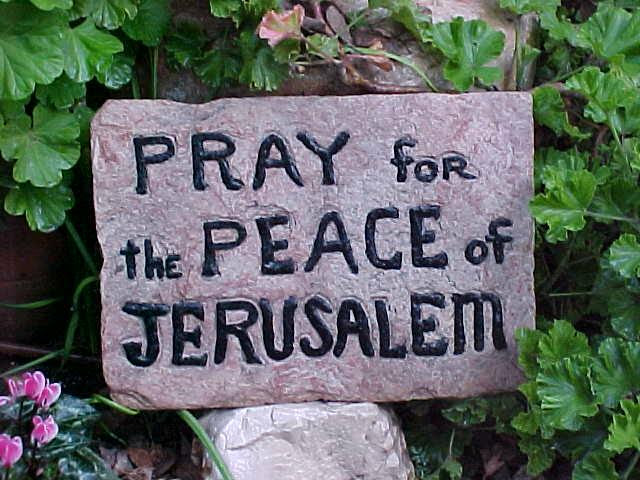 http://www.travelujah.com/media/images/userimages/670/Pray%20for%20the%20Peace%20of%20Jerusalem%20sign%20in%20Garden%20Tomb.jpg