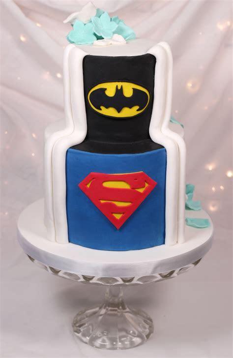 Hidden back wedding cake   Cakey Goodness
