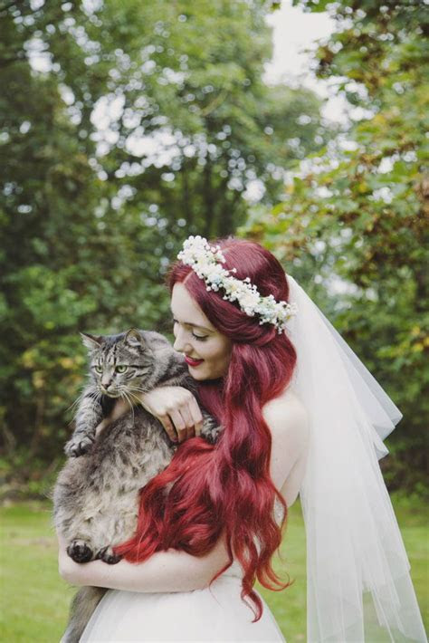 Fur tastic Weddings: 10 Ways to Include Your Pet in Your