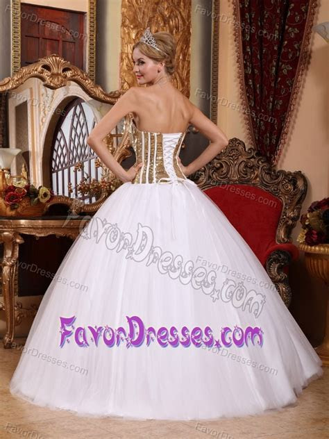 Wholesale Price White Quinceanera Dresses in Tulle with
