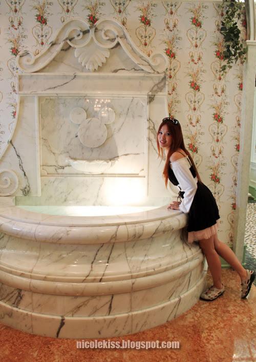 mickey fountain