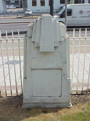 Firestone Fence, Brentford