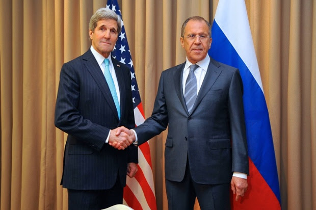 U.S. Secretary of State John Kerry (L) shakes hand with Russian Foreign Minister Sergei Lavrov during their bilateral talks before the talks on Ukraine issue on April 17, 2014 in Geneva, Switzerland.