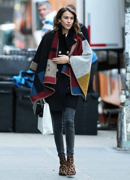 Look of the Day, November 4th: Alexa Chung's Blanket Cape