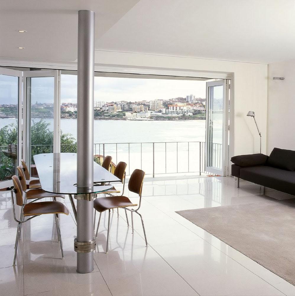 Bondi Beach Apartment With Pivoting Glass Table ...