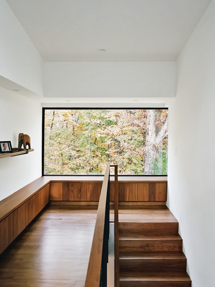 10 Brilliant Staircase Designs With Window Seats