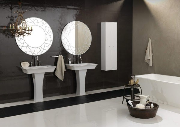 Bruna Rapisarda- art deco symmetrical bathroom with tub