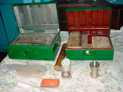 box with diaries of lahiri mahashaya 1 and lantern used by him