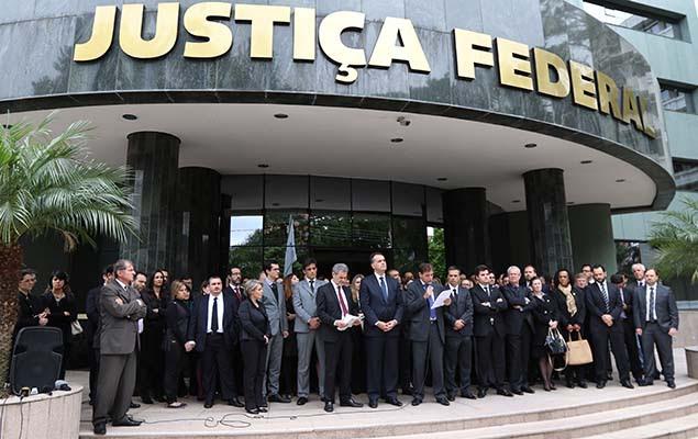 lula na cadeia, lula preso, noticias do brasil, justiça fracassada