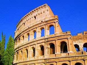 English: Colosseum, Rome, August 2007
