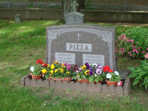 Pizza by midgefrazel