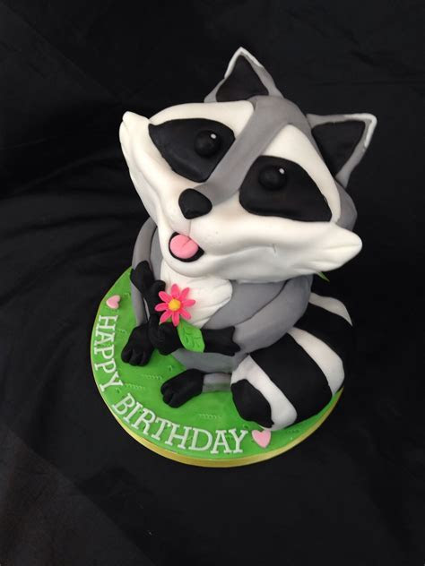 Raccoon Cake www.caronscakery.co.uk   Cakes and cupcakes