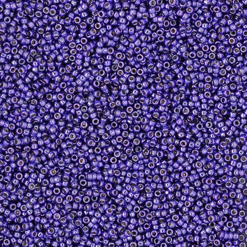 tb15rpf567 Japanese Seedbeads - 15/0 Toho Seedbeads - Galvanized Purple [Permanent Finish]