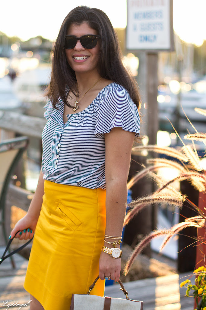 yellow pencil skirt-3.jpg