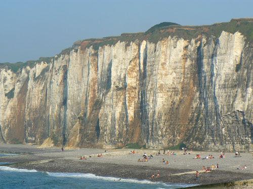 falaises saint Valery.jpg