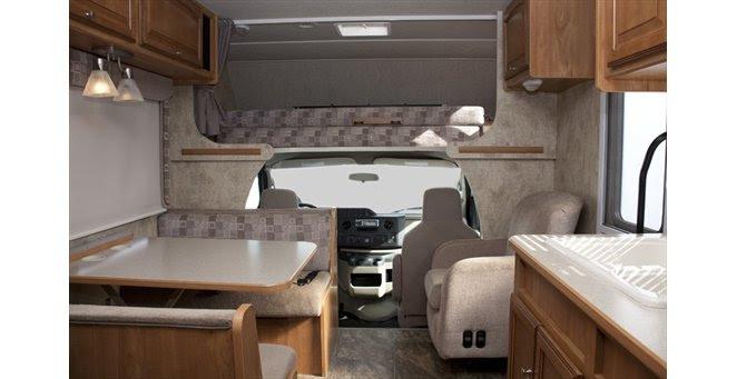 Class C RV Rental Medium Cabover Style C25 RV