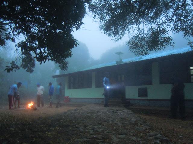 Brahmagiri_Trek_Forest_Rest_House_Morning