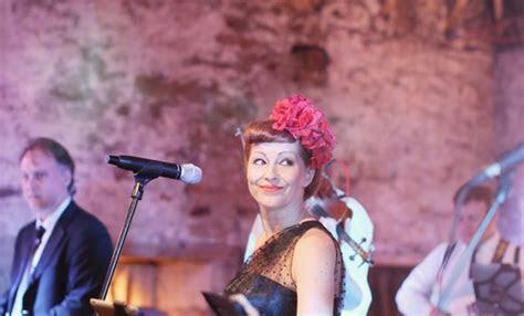 Wedding Ceilidh & Covers Band, Edinburgh   Corra Music