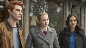 Riverdale Season 2 : Chapter Twenty-Seven: The Hills Have Eyes