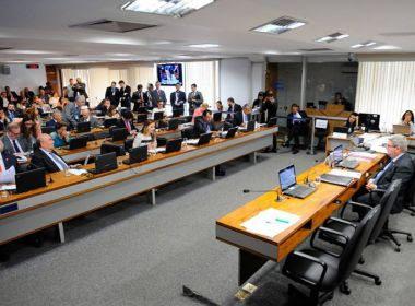 CCJ aprova regras para demissão de servidor público