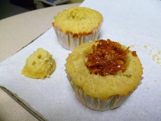 04 April 27 - 02 - Coconut Chick Cupcakes (6)