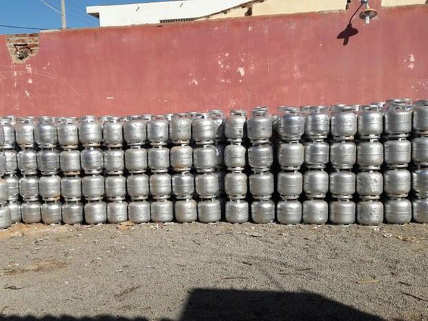 Carga foi encontrada em depósito de comerciante (Foto: Divulgação/ Polícia Civil)