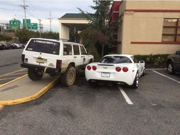 Αυτά παθαίνεις όταν παρκάρεις όπου να 'ναι (21)