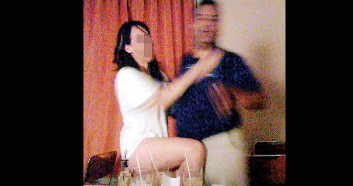 En la fiesta hubo mucho licor y terminó violentamente al agredir verbal y físicamente a una de las mujeres. Foto: Especial