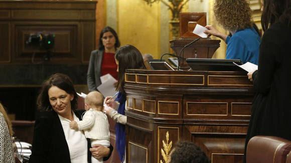 Carolina Bescansa-Congreso España1