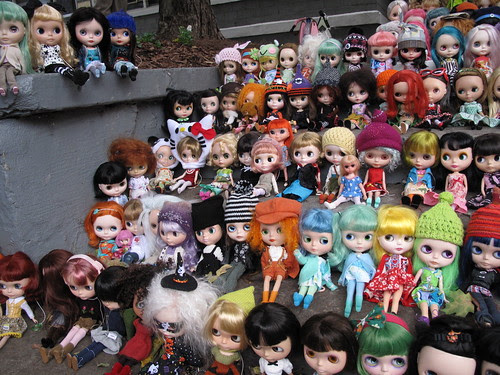 Find my two Blythe!