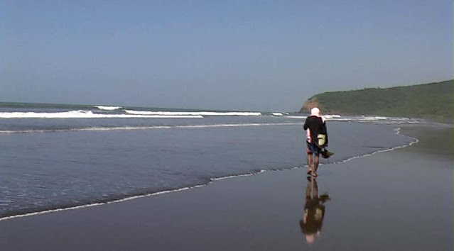 hh-beach2.jpg