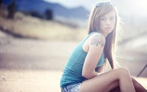 long hair,nose,neck,white teeth,forehead,eyes,outside,beautiful girl with a tattoo 2560x1600