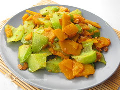 Stir-fried Bittergourd and Pumpkin