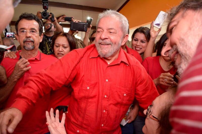 Lula sai da eleição de 2016 pela porta dos fundos