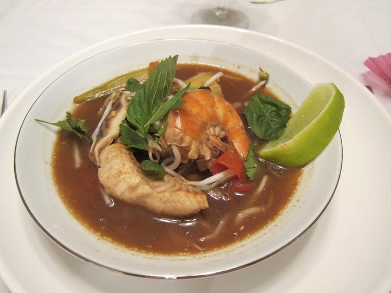 Vietnamese sour tamarind soup