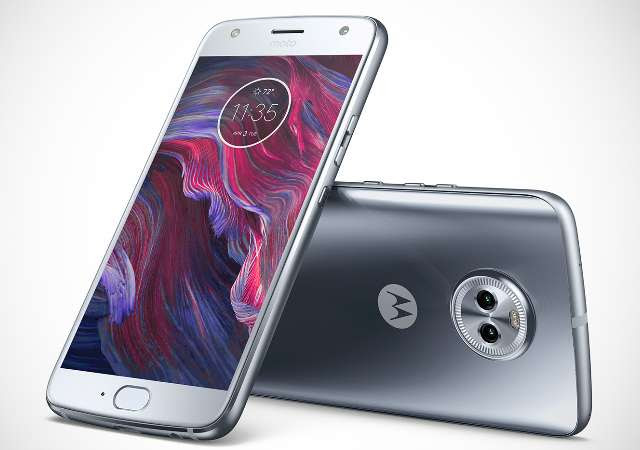 """Moto X4 Goes Official with Twin Rear Cameras, 5.2"""" FHD Display, Nougat OS"""