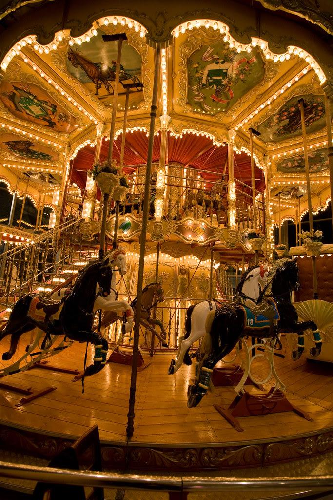 carousel-2