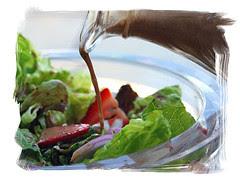 Kristen-Dine&Dish-strawberrysalad004