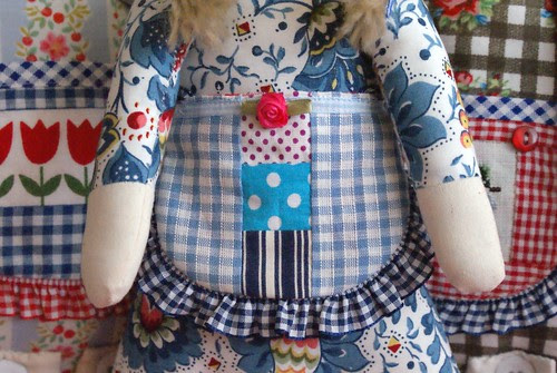 three little dutch girls aprons