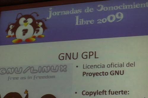 Pablo F. Burgueño hablando de Licencias de Software