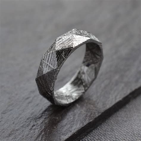 Faceted Meteorite Ring   NoveltyStreet