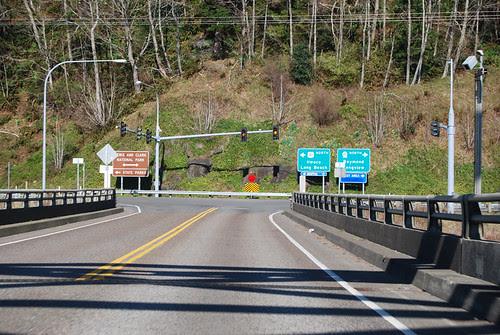 US 101 @ SR 401