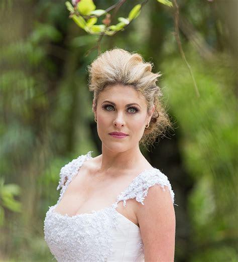 Angela Q   Professional Makeup Artist : Beauty, Hair