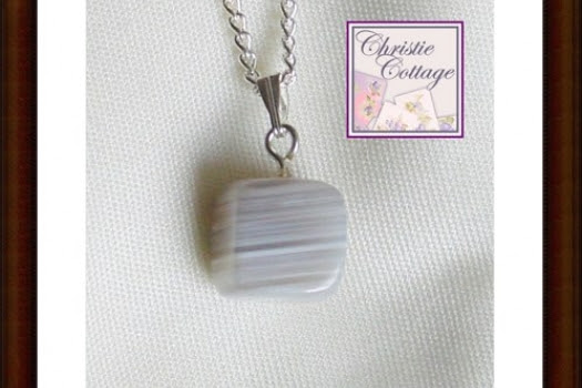 Pendant Botswana agate with 18 inch silver chain