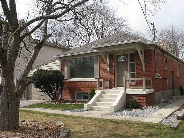 House sold in North York   ComFree   236055