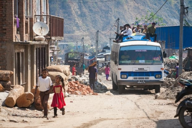 Nepal kids/C06-1.jpg