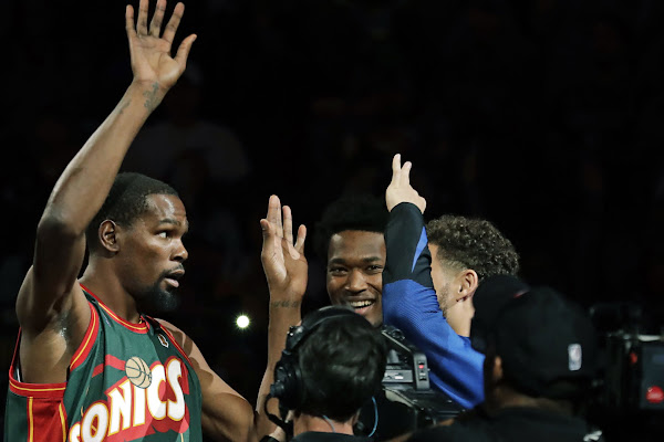 3c5d924d96e Google News - Kevin Durant returns to Seattle with Warriors - Overview